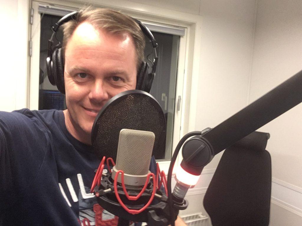 Mikkel Steen Østervig i radiostudie